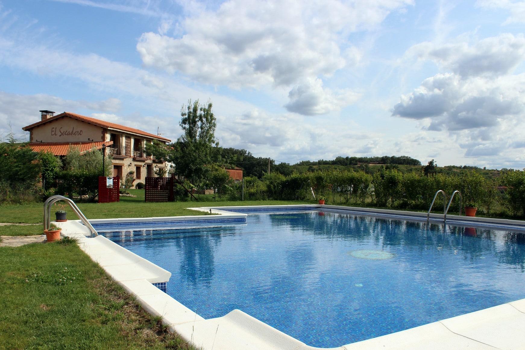 casa rural con piscina 00008